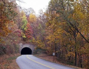 Blue Rudge Parkway - tunel